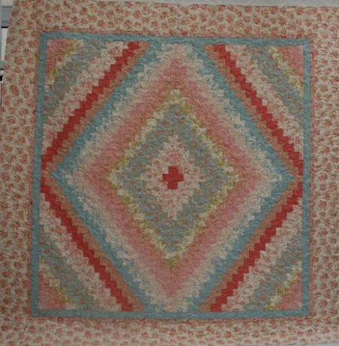 Trip round the World, made by Jennie White and quilted in Popcorn